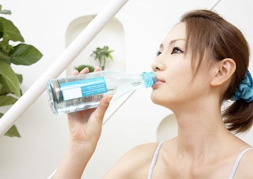 Cách chăm sóc sau nhổ răng số 8 để Không viêm nhiễm mau lành - Ảnh 1