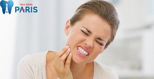 có nên nhổ răng khôn đang bị đau không