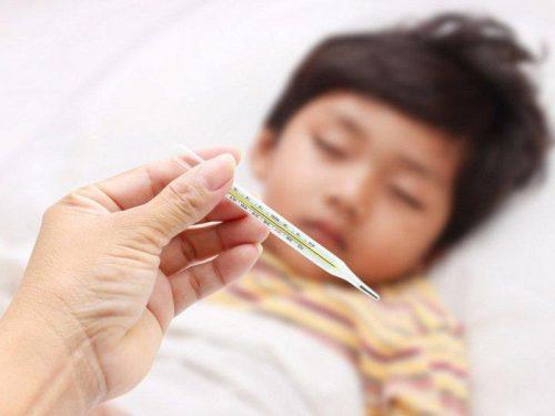 nhổ răng sữa chưa lung lay