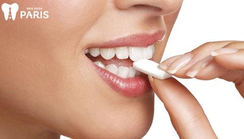 Người có răng nanh nhọn thì sao