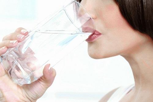 Cách pha nước muối uống